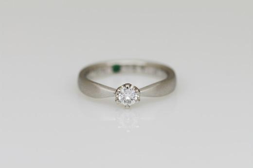 婚約指輪つや消し.JPG